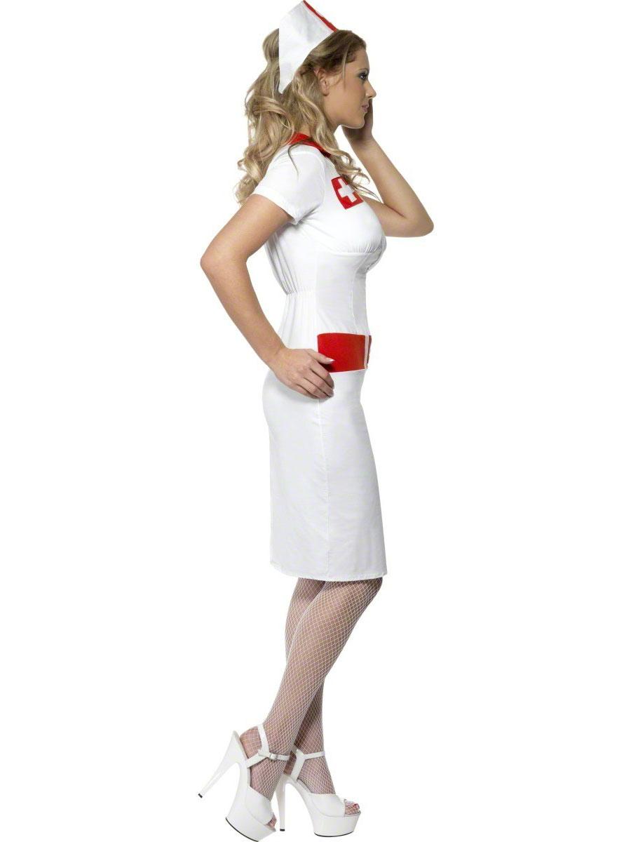 Фото в костюме медсестры частное 13 фотография