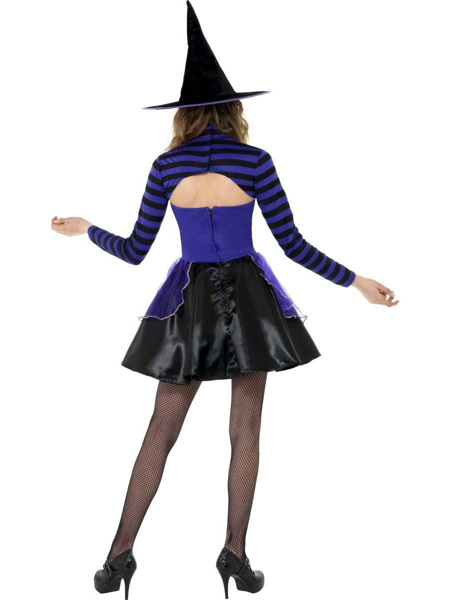 Teen witch outfits have